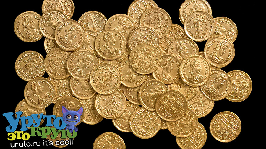 hoard gold solidi 1024x575
