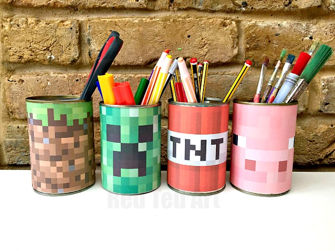 Minecraft Crafts make this quick and easy Minecraft Desk Tidy less then 5minutes from start to finish. Includes template